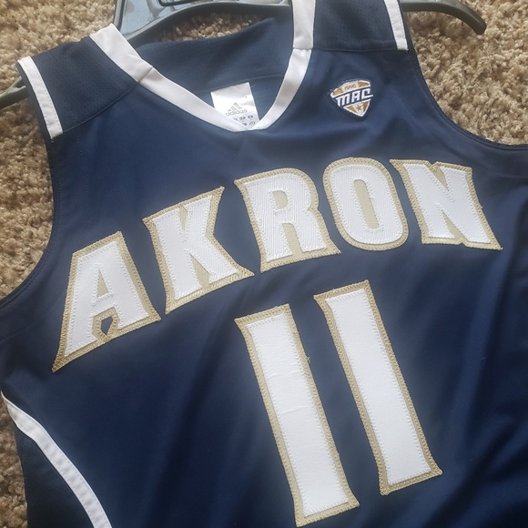 new concept 355d6 a64a4 Akron Zips Game Worn Basketball Jersey